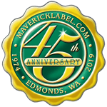 Green and gold foil  scalloped edge anniversary seal label